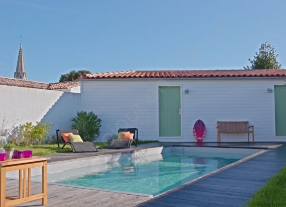 Location cottage avec piscine sur l 39 ile de r courlis for Location avec piscine ile de re