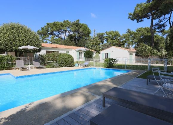 Location villa avec piscine chauff e ile de r oliviers for Location villa piscine ile de france