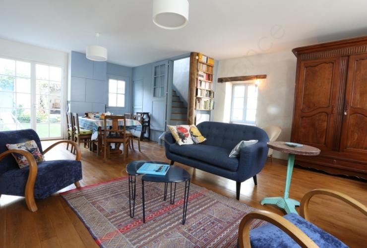 imposition du revenu des locations saisonni res. Black Bedroom Furniture Sets. Home Design Ideas