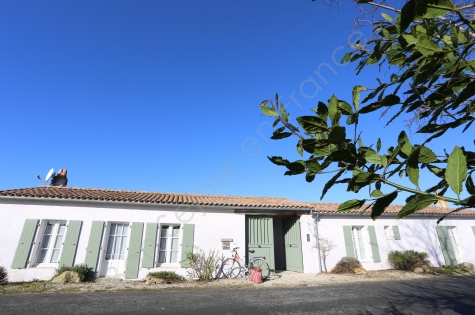 Ile de Re holiday rentals – High quality villas & holiday homes Ile ...