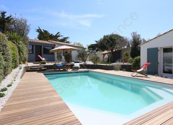Location Bois Plage En Ré > Location Villa avec piscine sur l'ile de Ré (Indigo)