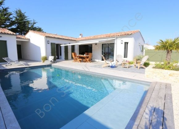 Location villa avec piscine sur l 39 ile de r rivage for Location villa piscine ile de france